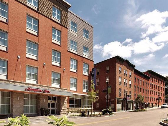 Hampton Inn by Hilton St. Albans Recognized as Top Performing Hampton by Hilton