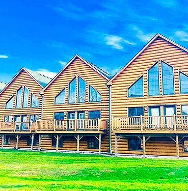 Grizzly Jack's Grand Bear Resort & Indoor Waterpark